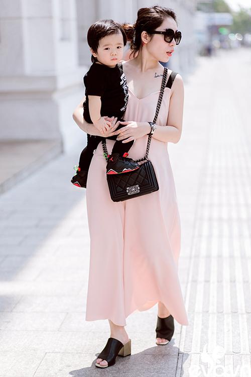 """gap fashionista 1 tuoi sai gon co luong fan """"khung"""" - 7"""