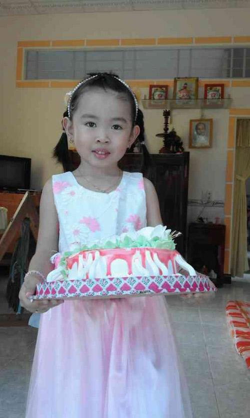 nhan quynh phuong trinh - ad23831 - 5
