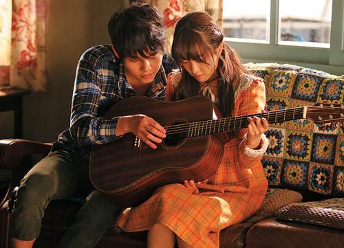 "4 ""nguoi tinh"" noi bat truoc song hye kyo cua song joong ki - 6"