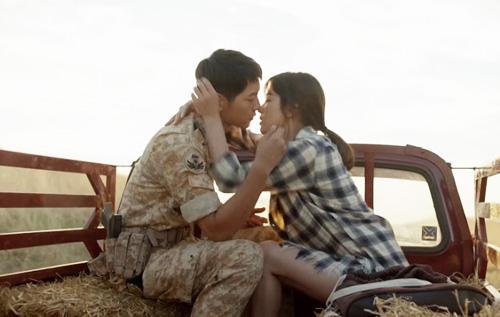 day song vi man lien hoan hon cua song joong ki - song hye kyo - 8