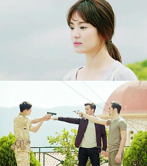 """le ra, """"hau due cua mat troi"""" da khong co quan nhan song joong ki! - 3"""