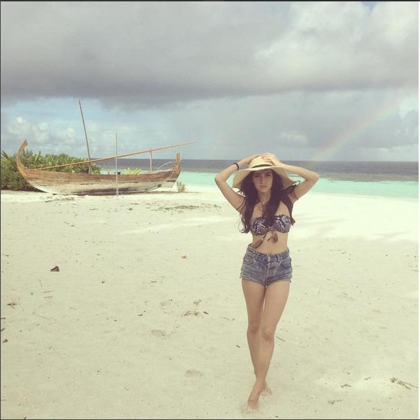 "da mat vi bikini kieu nao cung hot cua katun ""tinh yeu khong co loi"" - 17"