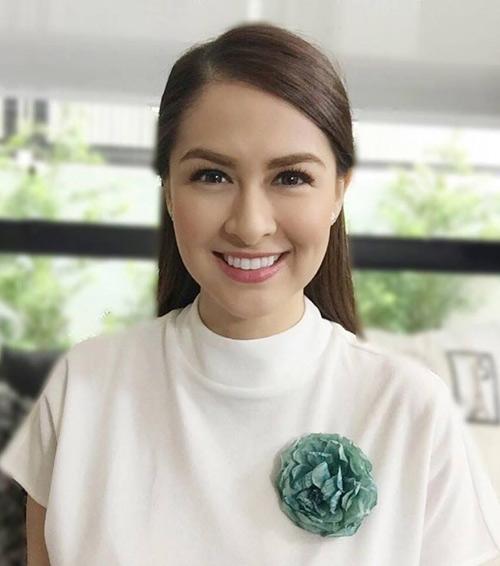 'my nhan dep nhat philippines' khoe eo phang li sau sinh - 9