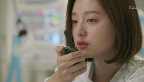 "song joong ki hoa ""hac y nhan"" xong vao hang cop cuu song hye kyo - 10"