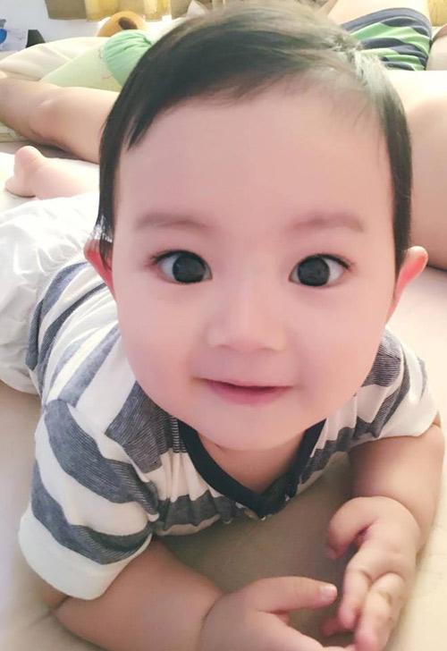 con trai khanh thi mat to, ma phinh, ngam hoai khong chan! - 1