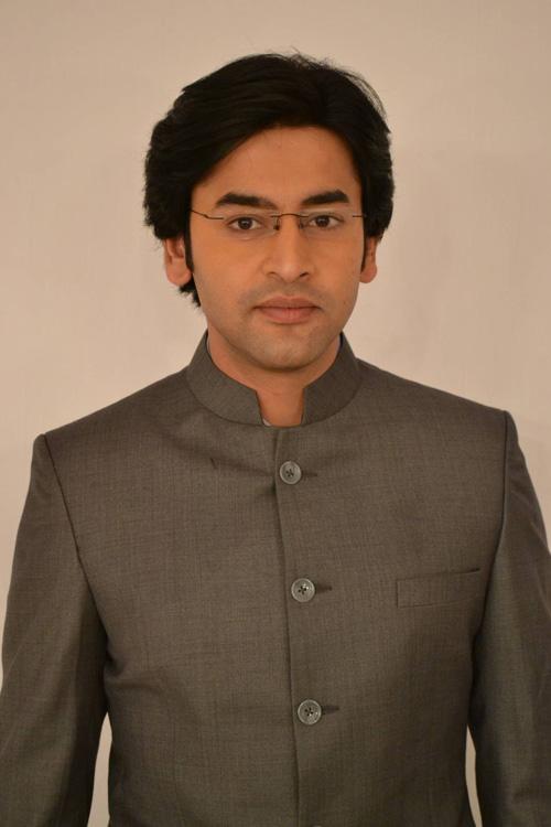 Shashank Vyas bỏ vợ vì học vấn thấp-4