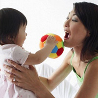 Phát triển ngôn ngữ cho trẻ 6 - 12 tháng tuổi