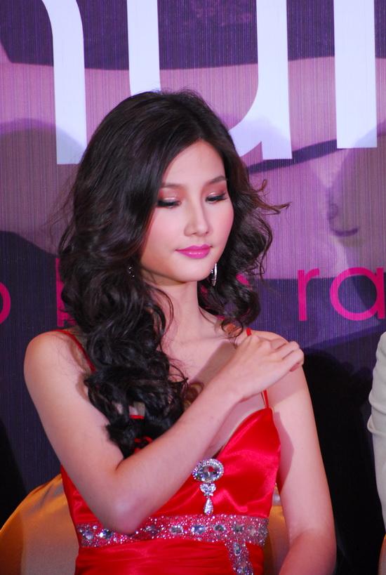 Eva Lam Dep Thoi Trang Gia Ca Khuyen Mai 404