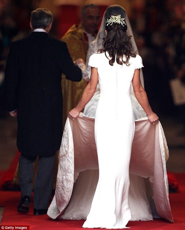 Ngắm trọn váy cưới tân công nương HG Anh - 12