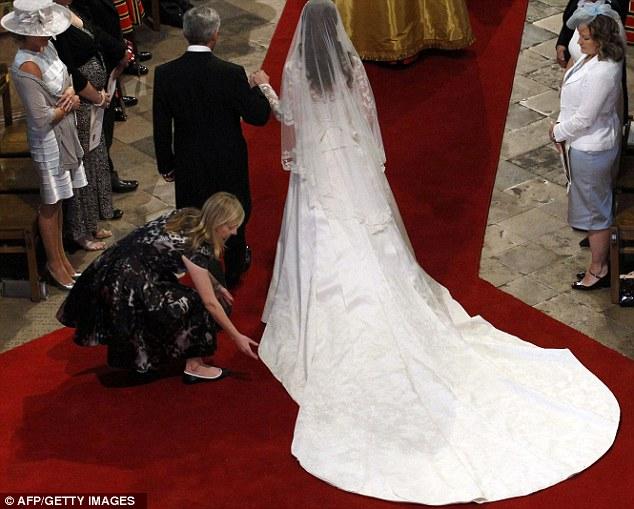 Ngắm trọn váy cưới tân công nương HG Anh - 16