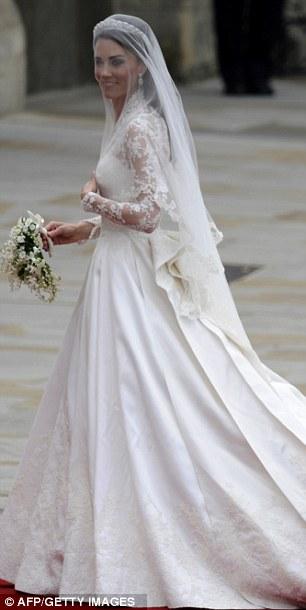 Ngắm trọn váy cưới tân công nương HG Anh - 3