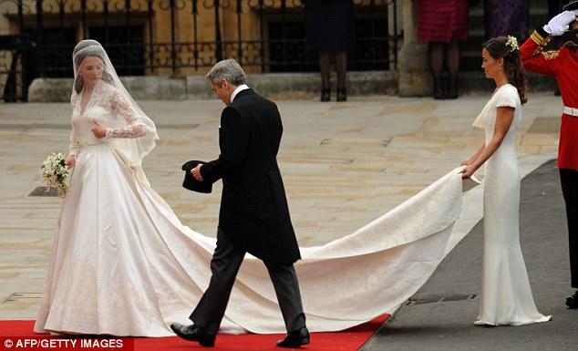 Ngắm trọn váy cưới tân công nương HG Anh - 4