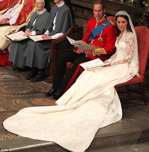 Ngắm trọn váy cưới tân công nương HG Anh - 6