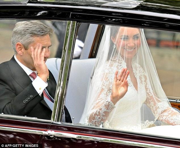 Ngắm trọn váy cưới tân công nương HG Anh - 7