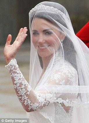 Ngắm trọn váy cưới tân công nương HG Anh - 9