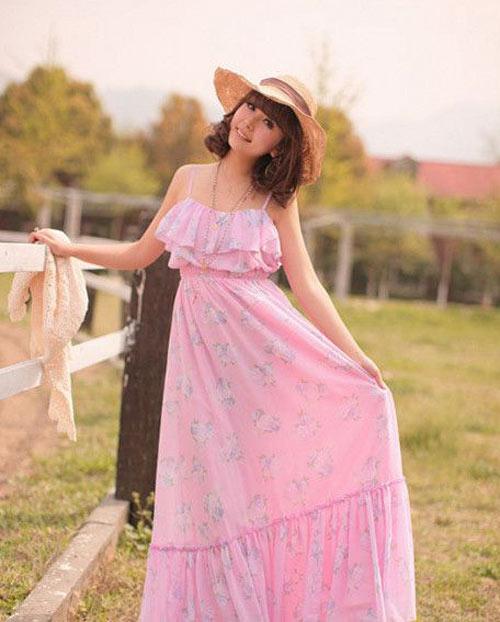 Muôn màu váy maxi đón hè - 2
