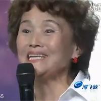 Cụ bà 65 tuổi 'nhái' điệu nhảy của Michael Jackson