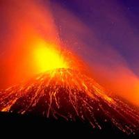 Núi lửa lớn nhất Châu Âu 'tỉnh giấc'
