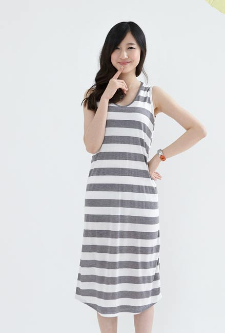 Váy kẻ ngang cho cô nàng mũm mĩm - 26