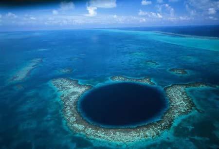 10 hố sâu khủng khiếp nhất hành tinh, Du lịch, du lich, du lich viet nam, du lich the gioi, du lich 2012, kinh nghiem du lich, du lich chau au, du lich chau a, kham pha the gioi, dia diem du lich