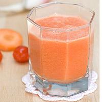 Nước uống thanh nhiệt từ cà chua, cà rốt