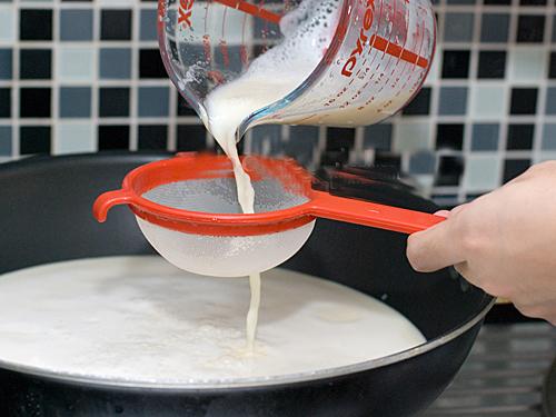 Hướng dẫn làm sữa đậu nành nguyên chất - 10