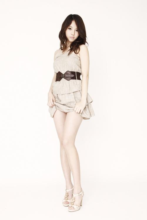 Yuri thành viên nhóm SNSD   Ngôi sao mặc bikini đẹp nhất xứ Hàn