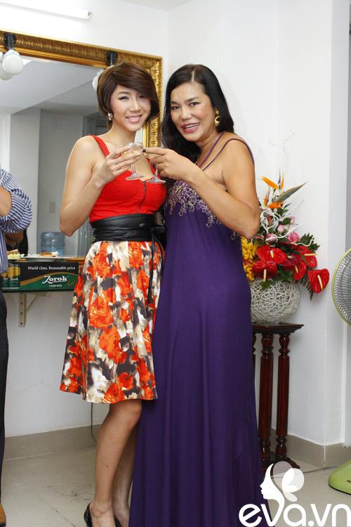 Lộ diện 'bồ' ngoại quốc của Cindy Thái Tài - 1