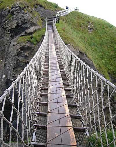 """Những cây cầu """"đáng sợ"""" nhất thế giới - 3"""