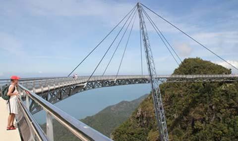 Những cây cầu đáng sợ nhất thế giới - 6
