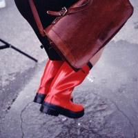 Xử lý đồ dùng thấm nước mưa