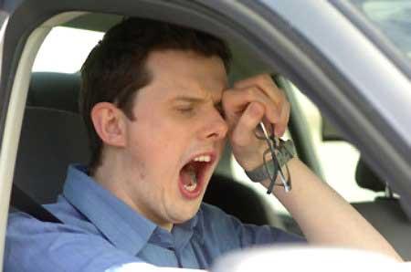 6 cách chống buồn ngủ khi lái xe - 1