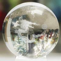 Sức mạnh phong thủy của quả cầu thủy tinh