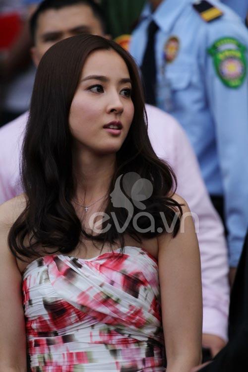 http://anh.eva.vn/upload/2-2011/images/2011-06-16/1308200377-Han-Hye-Jin15.jpg