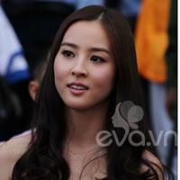 Han Hye Jin ngỡ ngàng vì quá nhiều fan