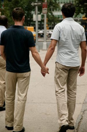 Buông thả với trai đồng tính - 1