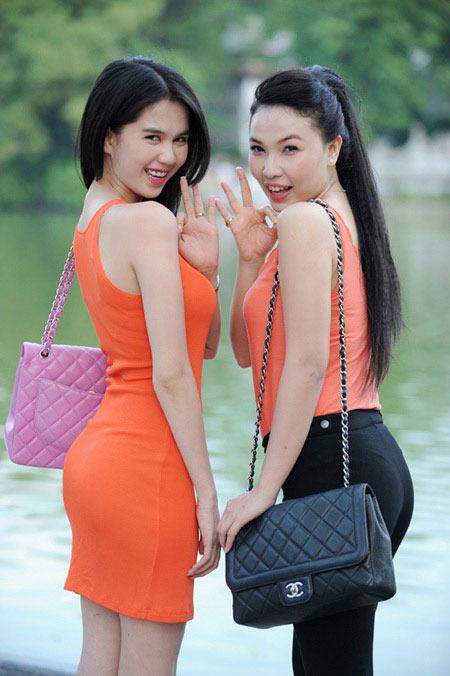 'Nữ hoàng đồ lót' Ngọc Trinh tự tin dạo phố Hà Nội - 3