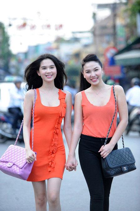 'Nữ hoàng đồ lót' Ngọc Trinh tự tin dạo phố Hà Nội - 6