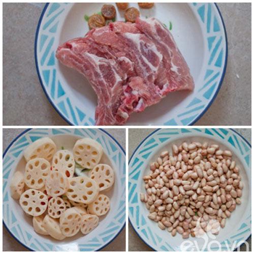 Ngon cơm với củ sen hầm xương và lạc non - 1