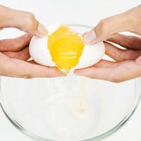 8 công thức làm đẹp từ trứng gà
