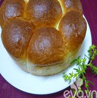 Cách làm bánh mì bơ sữa mềm thơm hấp dẫn
