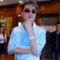 Mr Đàm gặp gỡ các thí sinh The Voice Việt Nam
