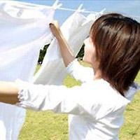 Mẹo dùng nước tẩy mà vẫn giữ màu quần áo