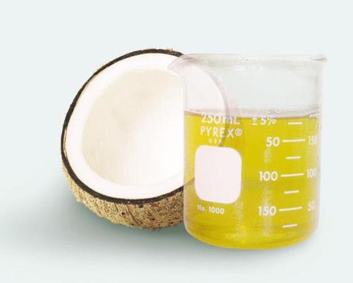 Mẹ bầu chẳng lo rạn da nhờ dầu dừa - 2