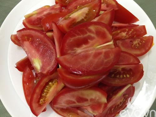 Bữa tối ngon cơm với cá nục sốt cà chua - 3