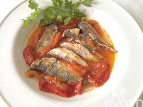 Bữa tối ngon cơm với cá nục sốt cà chua - 5