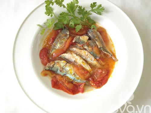 Bữa tối ngon cơm với cá nục sốt cà chua - 6