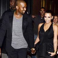 Kim Kardashian chính thức khoe bồ