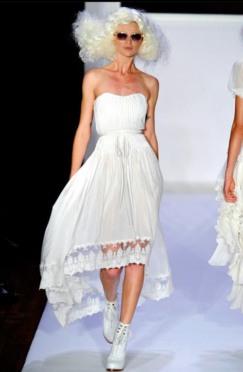 15 chiếc váy bất đối xứng tuyệt đỉnh nhất hè - 1