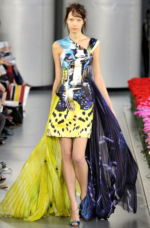 15 chiếc váy bất đối xứng tuyệt đỉnh nhất hè - 6